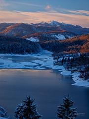 Lokvarsko jezero i Risnjak (MountMan Photo) Tags: croatia zima jezero planine gorskikotar risnjak primorskogoranska lokvarskojezero