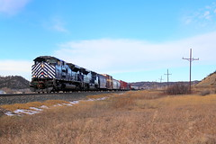 Sitting In Craver (Hunter Lohse) Tags: railroad train montana mt engine rail railway link locomotive railfan mrl