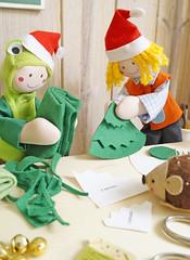 Corte as peças com o auxílio do molde (BoniFrati) Tags: tree cute natal diy craft árvore tutorial pap molde passoapasso bonifrati craftchristmas natalcraft