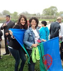 Dones celebrant el  8 d'Abril