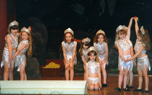 2000 Aladdin 08 (from left x,Sophie Shearer, Sarah Atherton, April Willis,Claire Sweeney,x,x,Amelia Ashton)