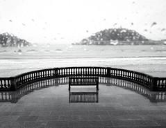 kontxa2 (Goretti Zugasti) Tags: rain lluvia san sebastian pluie concha donostia gouts