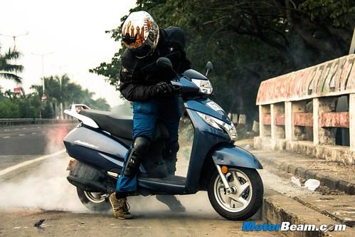 2015-Honda-Activa-125-7
