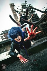 Tokyo Ghoul Cosplay - One More Minute! (saroston) Tags: city blue portrait urban cinema anime tokyo blood reaching cosplay action manga gritty wig demon graded ghoul demons crossplay cosplaygirl tokyoghoul