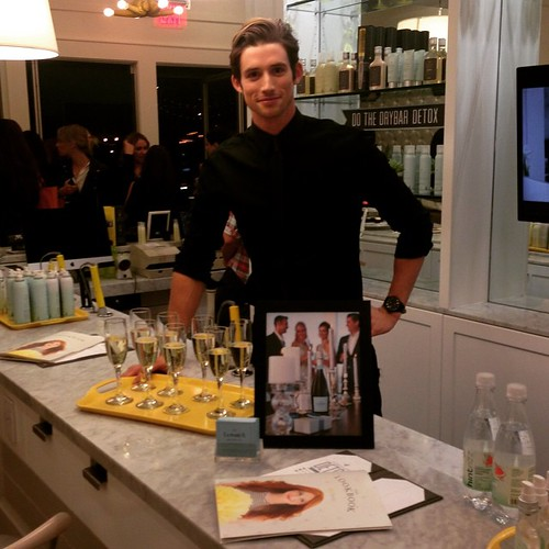 Great night @thedrybar for @mollybsims book signing!  Last week we were at the meatpacking Dry Bar serving champagne in NYC and again tonight in LA! #staffing #models #TheEverydaySupermodel #champagne #drybar #drybarmeatpacking #bartenders #servers #event