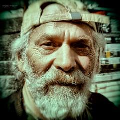 Mickey, lo spirito libero della Vucciria (Angelo Trapani) Tags: portrait mickey sguardo palermo ritratto barba faccia volto vucciria espressione spiritolibero