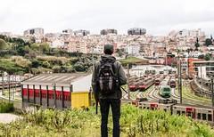 O Mundo a teus ps (Tiaguito Fonseca) Tags: friends love portugal yard canon trains passion rails depot northface fonseca suburbano doubledeck trainlover tiaguitofonseca