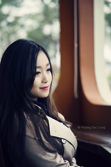 DSC02087 (long.omnis) Tags: portrait girl asian model sony young hanoi a850 sal85