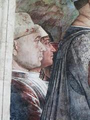 Autoportrait du matre ( l'arrire-plan), Fresques d'Andrea Mantegna, Mur de la Rencontre, Chambre des poux, chteau Saint Georges (XIVe), Mantoue, province de Mantoue, Lombardie, Italie. (byb64) Tags: italien portrait italy selfportrait castle painting europa europe italia autoportrait cardinal retrato autoretrato eu palace peinture unescoworldheritagesite unesco mantova palais palazzo castello chteau lombardia 15th affreschi renaissance castillo italie oculus masterpiece trompeloeil mantua ue palacio mantegna gonzaga lombardy rinascimento frescos lombardie frescoes renacimiento incontro andreamantegna chteaufort lombardei gonzague mantoue castellosangiorgio fresques xve votes chefdoeuvre mantoa palaisducal provinciadimantova louisiii provincedemantoue