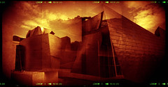Guggenheim Museum Bilbao (pho-Tony) Tags: italy milan 120 film museum analog mediumformat frank italian milano gehry ishootfilm bilbao roll guggenheim blender medium format 24 analogue frankgehry basque bilbo koroll guggenheimmuseum bencini guggenheimmuseumbilbao redscale korroll bencinikoroll24 autaut lomographyredscale
