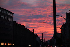 sunset/sundown/afterglow/whatever (Pascal Volk) Tags: berlin nacht night sonnenuntergang sundown sunset afterglow abendrot abend rot sonydscrx100 clouds wolken cloudporn hiwosomoshots prenzlauerberg berlinpankow prenzlberg