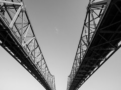 Twins (Billy Woolfolk) Tags: bridge monochrome river mississippi blackwhite louisiana olympus natchez omd vidalia  em1