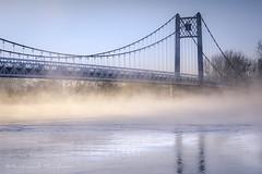 Feux de Loire (Bertrand Thifaine) Tags: ancenis loire pont fleuve brume printemps pontbretagneanjou haubans