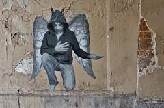 Ender_6989 passage Saint Bernard Paris 11 (meuh1246) Tags: streetart paris ender passagesaintbernard paris11 ange capuche