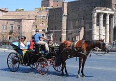 La carrozzella. (GiannLui) Tags: roma carrozza carrozzella fori foriimperiali