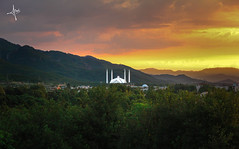 Rise & Shine Islamabad (awersee) Tags: sunrise sunny clouds early morning catchy colours mountains hills islamabad faisal mosque green pakistan throwback october 2015
