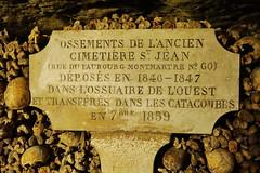 Paris Les Catacombs 13.9.2016 3838 (orangevolvobusdriver4u) Tags: 2016 archiv2016 france frankreich paris friedhof cemetary katakombe lescatacombs catacomb knochen bones skull schdel sign schild