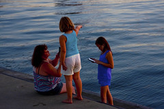Mom and Her Kids Michigan City Indiana 9-20-2016 8913 (www.cemillerphotography.com) Tags: washingtonpark gambling sundown dusk recreation evening midwest