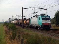 NMBS 2822 (jvr440) Tags: trein train spoorwegen railways railroad roosendaal nmbs unit cargo traxx br 186 b logistics blogistics sncb hle 28