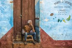 People in Trinidad (CARLORICCI) Tags: trinidad cuba caraibi sanctispritus patrimoniodellumanitdallunescounesco penisoladiancn playaancon arcipelagodeicaraibi cienfuegos carlo carloricci nikon nikond810 riccarlo nikkor nikkor2470mmf28gedafs ocarlo copyright carl havanaclubron santiagodecuba rum cohiba cayolevisa cayoblanco cayolargo labodeguitadelmedio elfloridita hemingway allaperto paesaggio spiaggia bagnasciuga litorale friend portrait colors composition persone ritratto