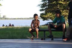 O pequeno skatista (Vagner Eifler) Tags: brasil portoalegre skate criança riograndedosul belémnovo