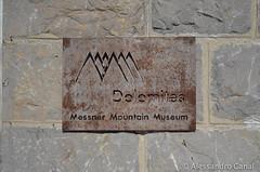 La targa del museo di Messner