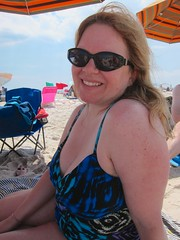 Sue (Joe Shlabotnik) Tags: beach sue jonesbeach 2014 60225mm justsue june2014