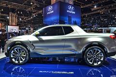 Hyundai Santa Cruz (Chad Horwedel) Tags: santacruz chicago car truck illinois concept hyundai import chicagoautoshow hyundaisantacruz