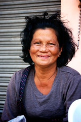 Vegetable seller lady (Aktiv Phil) Tags: woman smile lady filipino vendor seller