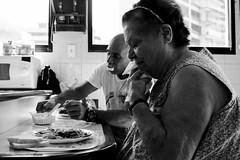 """""""Nadie debe comer sin habérselo ganado"""" (DaFT95) Tags: she life family grandma people food house love home kitchen familia him lunch casa day eating amor live uncle comida ella son dia cada personas rico alimento eat abuela dos momento both rutina always they hungry comer moment he abu día ambos diario delicia familiar hambre hijo juntos comiendo cotidianidad hogar alimentar granmother servilleta sabroso hpuse él cercano tío servir comen cotiniado alumerzo cernaco"""