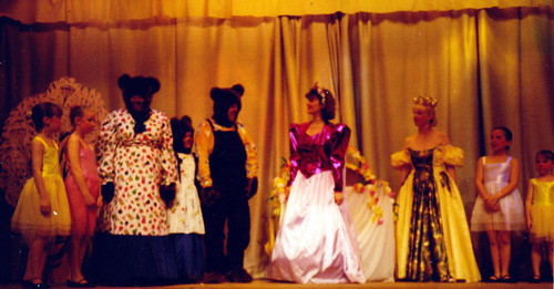 1993 Goldilocks and the Three Bears 12 (from left x, Gemma Pepper, Joan Ritchie, Sally Crowe, Kerry Morley, Sally Capp, Joan Carr,x,x)