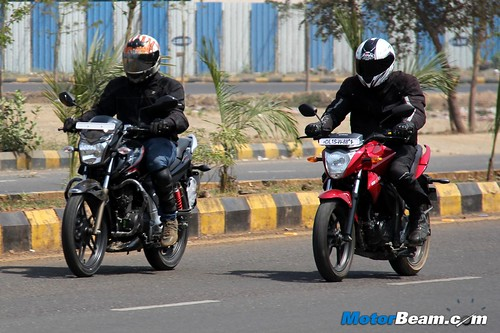 Hero-Xtreme-Sports-vs-Suzuki-Gixxer-10