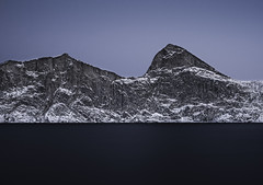 Segla_Senja/Norway (isabelle.bacher) Tags: segla senja mountain winter wintertime darkseason seascape nikon longexposure wideangle landscape norway northernnorway arctic norwegen berg natgeo
