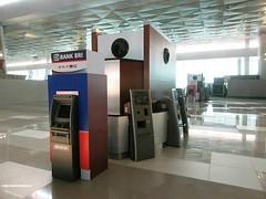 T3U CHECK-IN AREA (2) (MYW_2507) Tags: checkin airport cgk jakarta soetta soekarnohatta t3u terminal3 expansion shia
