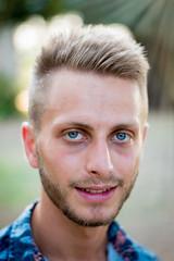 Portrait 50 mm (FotoGrafiche FS) Tags: 50mm nikon portrait italia filogaso vibovalentia man blonde