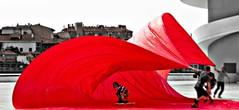 Surfera en ola roja (GTCHD) Tags: red rojo ola wave