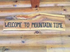 AVL 2127 (RANCHO COCOA) Tags: mountaintime carolinamornings marshill northcarolina cabin mountains vacation frontporch sign