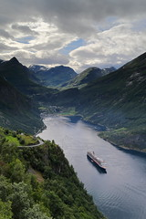 IMG_4784 (Valentin Monn) Tags: geiranger geirangerfjord fjord norway norwegen norge