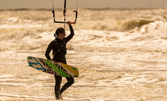 750_9498_Lr-edit (Alex-de-Haas) Tags: hargenaanzee noordzee northsea adventurous avontuurlijk beach daglicht daylight endurance female girl kitesurfer kitesurfing kracht licht light meisje sea sport strand strength surfen surfing uithoudingsvermogen vrouw water watersport wind woman zee