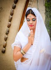 Hare Hare (OneMarie!) Tags: girl woman mujer velo sarii hindi hindu india huaral lima templo temple nikon nikond7100 d7100 meditacin meditation