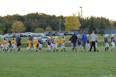 1472 (bubbaonthenet) Tags: 09292016 game stma community 4th grade youth football team 2 5 education tackle 4 blue vs 3 gold