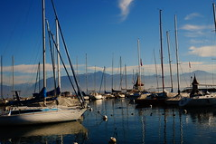 Morges (Daria_della_Noce) Tags: sonynexf3 sonynexf3k svizzera swiss elvetia morges sky skyglory blue albastru acqua lake lago barci nave boats lac apa