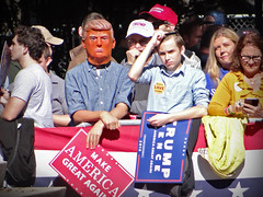 Donald Trump Rally (James B Currie) Tags: mask donaldtrump trump trumprally regentuniversity virginiabeach politics rally election2016 campaign makeamericagreatagain october 2016 politician people republicans gop