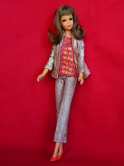 VINTAGE MOD BRUNETTE FRANCIE BARBIE DOLL w/ HTF SEARS EXCLUSIVE GO GOLD OUTFIT (laika*2008) Tags: vintage mod brunette francie barbie doll w htf sears exclusive go gold outfit