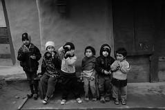 DSC_1729 (autrant) Tags: nepal trekking children nikon ngc hikking nikond300 annapurnacircle