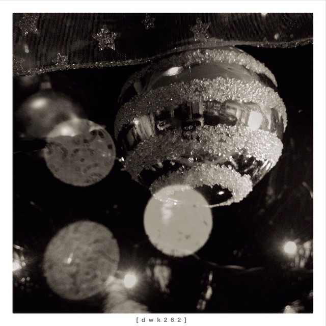 Merry Christmas / Feliz Navidad / Feliz Natal / Buon Natale / Joyeux Noël / Frohe Weihnachten / 聖誕節快樂 / メリークリスマス                #365project #358 #358_365 #iphonesia #iphone_only #concept #all_shots #ampt #bnw_rome #bnw_europe #bwzgz #bnw_kings #bnwbutnot