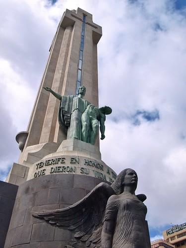 Monumento de Los  Caidos
