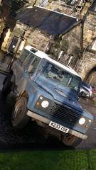 Land Rover Defender in UK (Michel Curi) Tags: greatbritain britain uk unitedkingdom scotland glasgow hogmanay holiday travel vacation christmas newyears peoplemakeglasgow glasgowloveschristmas visitscotland lovescotland scotspirit