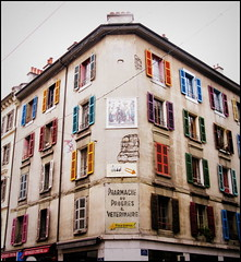 Pharmacie du Progres et Veterinaire, Geneva, Switzerland (Wagsy Wheeler) Tags: windows colour window sign shop switzerland suisse geneva geneve pharmacy shutters colourful ghostsign vets suiss lissignol ruelissignol pharmacieduprogresetveterinaire