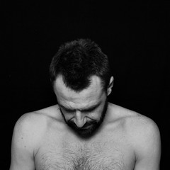 seb_3 (Constance Decorde Photographe) Tags: pose studio nb photoj sebastien formatcarre